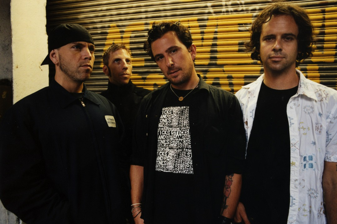 Bouncing Souls and Menzingers to release split 7-inch