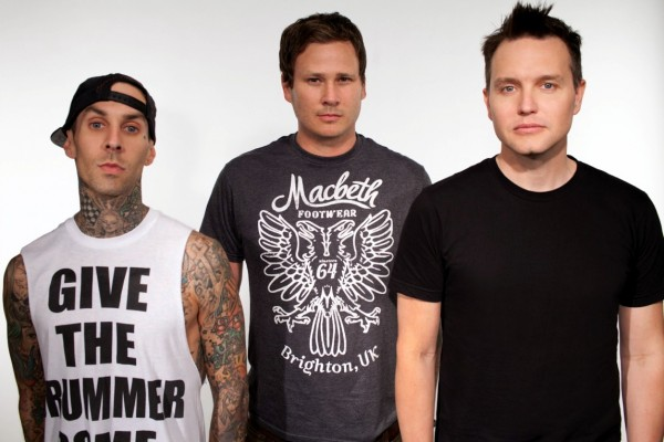 Blink-182 relea... How To Destroy Angels Tour