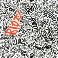 Paramore - Riot! (Cover Artwork)